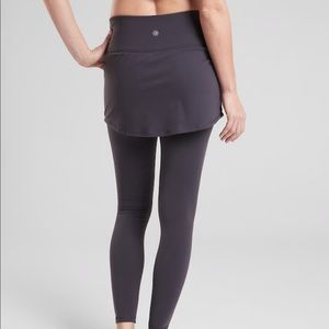 NWT Athleta high rise 2-in-1 Leggings w/skirt